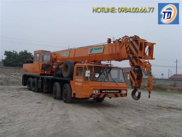 Cho thuê xe cẩu chuyên dùng 50 tấn tại Hà Nội giá rẻ