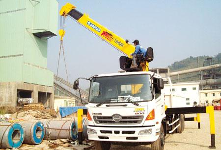 Tổng hợp các dòng xe cẩu tự hành 15 tấn tại Việt Nam 3